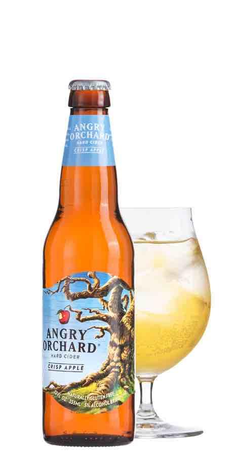 アングリーオーチャードのボトルとグラス