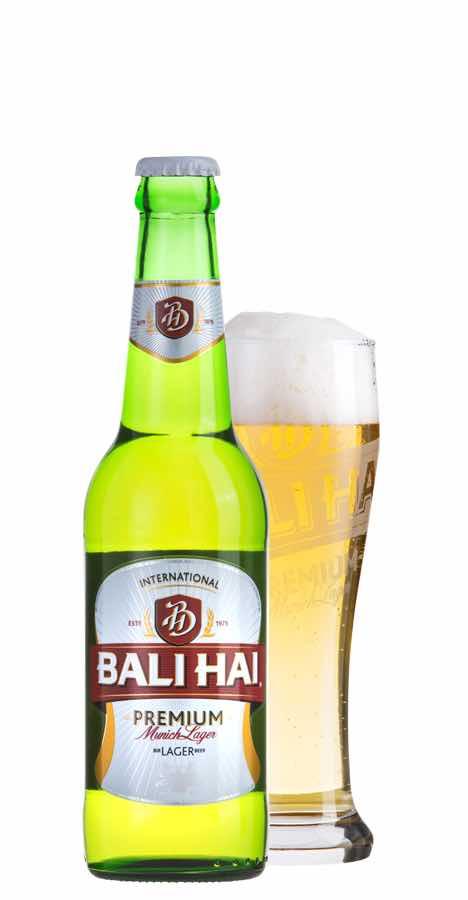 バリハイビールのボトルとグラス